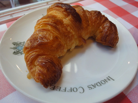 京の朝食・クロワッサン