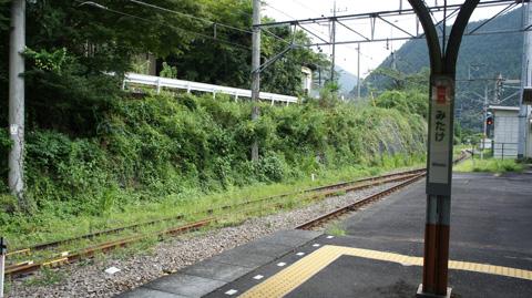 御岳駅ホーム
